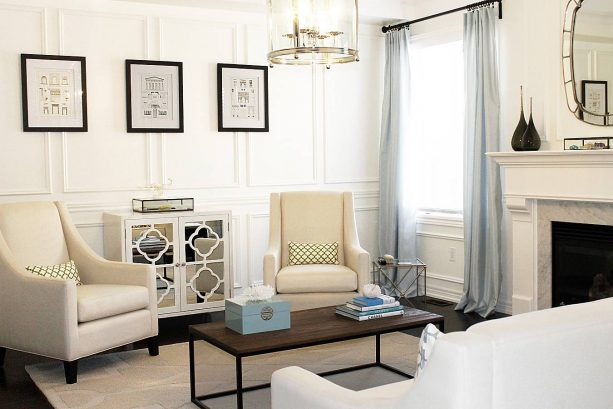 contemporary living room with Benjamin Moore Cloud White 967 wall and trim paint color