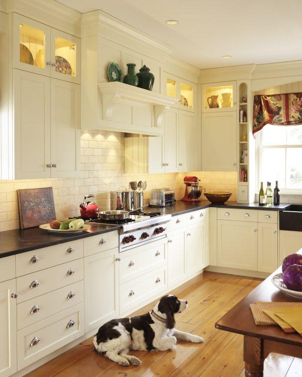 warm white shaker cabinets