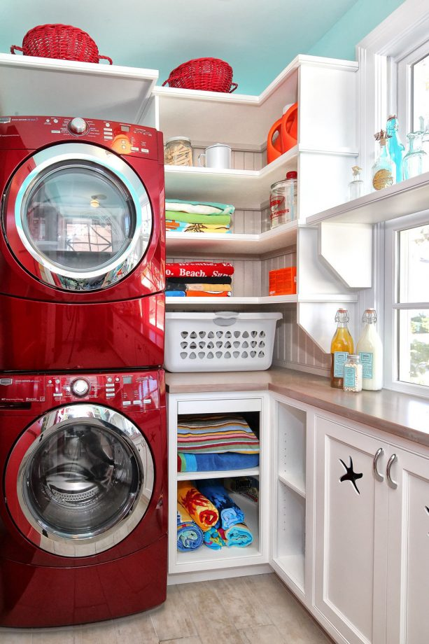 white and red themed laundry room