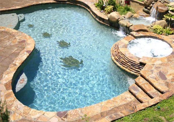 3D turtles mosaic in small inground swimming pool