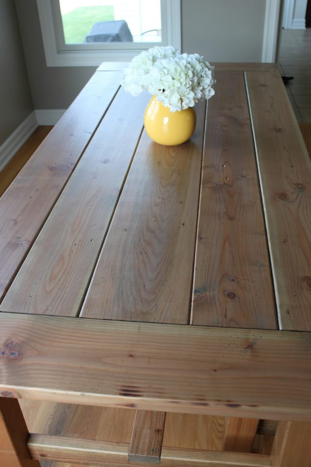 4 coats of Minwax weathered oak on a farmhouse table