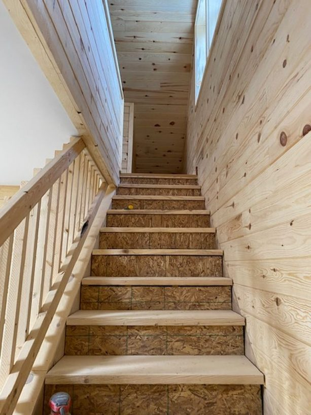 the gorgeous stair that leads to the loft area